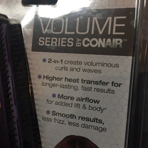 Conair Other - Conair Curling Brush 💟